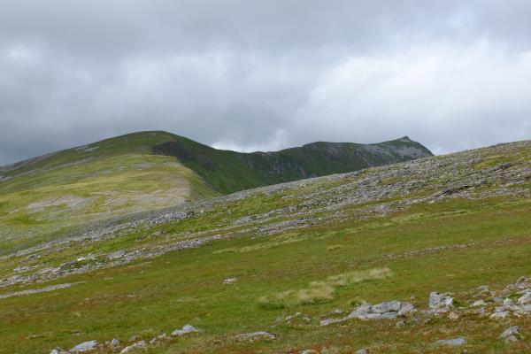 Photo of Binnein Mor coming into view on right