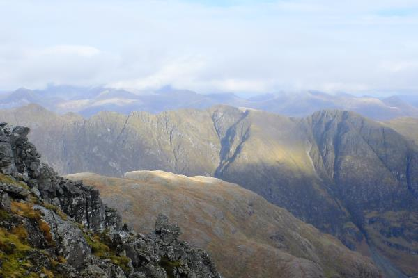 Photo of Looking over to Aonach Eagach