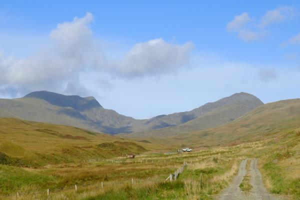 Photo of Passing Gleann an Dubh Choirein with Stuc a' Chroin to left and Ben Vorlich to right